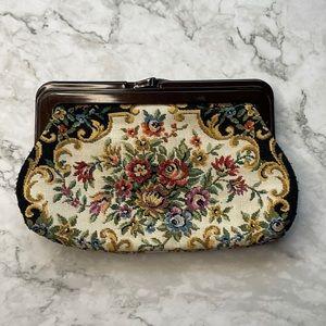 VINTAGE | Floral tapestry purse